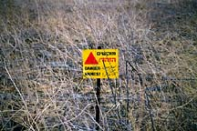 [ Landmine warning in the Golan ]