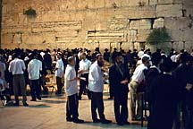 [ The Kotel after Shabbat ]