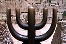 [ Menorah decoration against the Kotel, Jerusalem ]